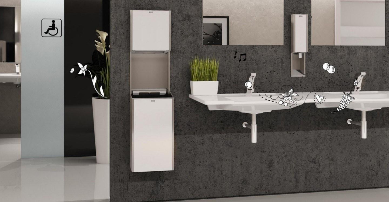 3 Commercial Plomberie Toilettes Publiques